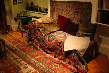 "Freud's famous ""Psychoanalytic Couch"" for his patients."